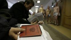 Россиян могут призвать в армию раз в год – СМИ