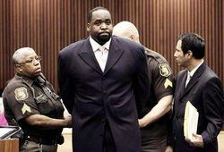 В США отправили в тюрьму бывшего мэра Детройта - причины