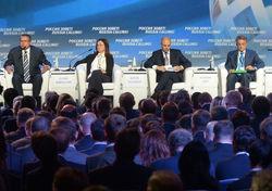Российские министры опасаются отката в эпоху СССР