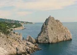 Пустые пляжи Крыма в разгар сезона