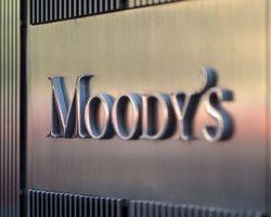 Экономические и политические вызовы для РФ сохранятся в 2016 г. – Moody's