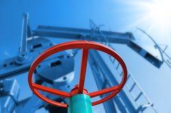 Эксперты Bloomberg прогнозируют рост нефтяных цен в 1,5 раза к концу года