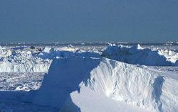В Гренландии впервые обнаружили подледные озера