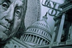 Курс евро повысился до 1,3750 к доллару США на фоне слабости рынка жилья США