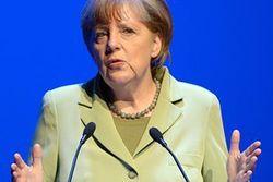 Меркель пытается быть адвокатом и Киева, и Москвы – польские СМИ