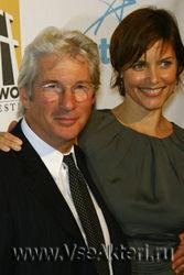 Ричард Гир с супругой