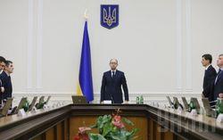 В прошлом году премьер Яценюк заработал 2 млн. гривен – декларация
