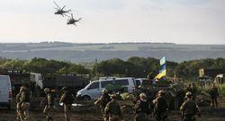 Украинские военные находятся в окружении в трех населенных пунктах – Семенченко