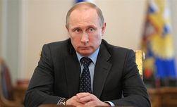 Путину приходится изворачиваться в своей украинской политике – NYT
