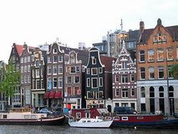 Нидерланды: грабитель картин роттердамского музея «переквалифицировал» себя в жертву
