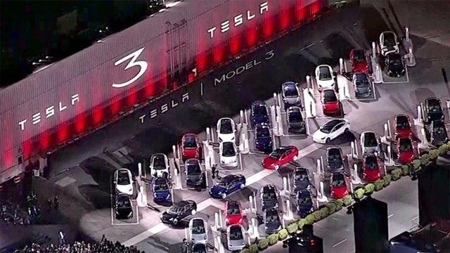 Возникла информация обубытках Tesla запоследний год