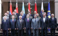 Россия назначает чиновников Армении руководителями постсоветских блоков