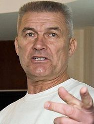 При Януковиче честных офицеров выдавили из силовых структур – Валерий Кур