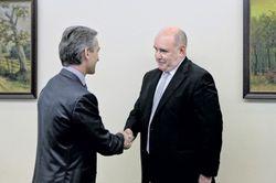 Россия вышлет четверть миллиона молдаван после подписания Кишиневом СА с ЕС