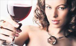 Употребление алкоголя до первой беременности провоцирует рак груди – ученые