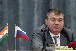 Сердюков стал Героем России по секретному Указу Президента Медведева