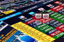 Трейдерам: названы преимущества фондового рынка перед форексом
