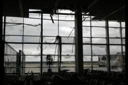 Тарута: Ведутся переговоры по обмену аэропорта Донецка на другие территории