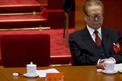 В Испании выдан судебный ордер на арест экс-лидера Китая Цзян Цзэминя