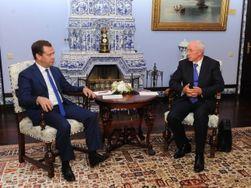 Азаров и Медведев в Калуге договорились о зерновом пуле, Керченском проливе и освоении космоса