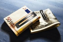 Курс доллара за неделю вырос на 0,70% против евро на Форекс