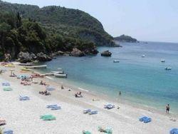 После аннексии Россией вода на крымских пляжах чудесным образом очистилась