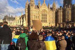 """Ахметова призвали поддержать народ, а не """"кровавого Януковича"""""""