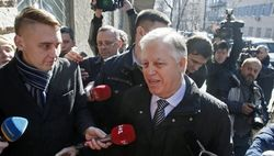 Петр Симоненко явился на очередной допрос в СБУ