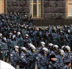 В Украине Янукович может  ввести чрезвычайное положение без принятия его ВР – Нусс