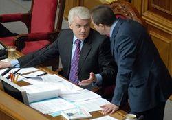 Кравчук: досрочные выборы президента невозможны, поскольку могут  развязать войну