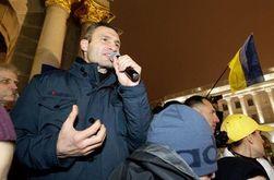 Кличко: оппозиция пригласила всех на  вече в воскресенье на Майдан