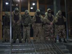 Частных армий в Украине не будет – Порошенко