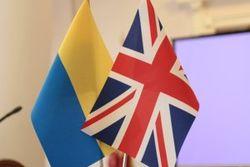 ЕС помог Украине выстоять в войне, теперь очередь за реформами – Коморовский