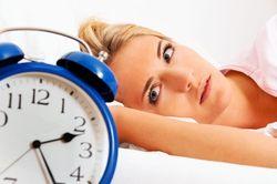 Недосыпание больше опасно для женщин, чем для мужчин