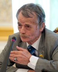 Джемилев сообщил о тотальной слежке ФСБ за крымскими татарами