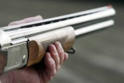 Стресс-тест: выдержал ли iPhone 5S расстрел из винтовки?
