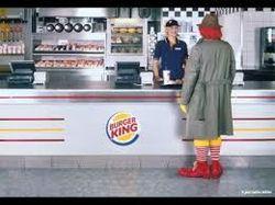 Сотрудники McDonald's и Burger King требуют роста зарплат