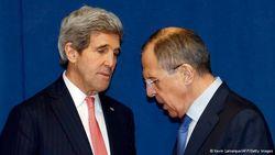 Москва и Вашингтон дружно отрицают свое участие в событиях в Украине