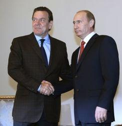 В Европе Путина поддерживают бывшие лидеры и националисты