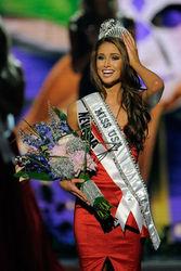 Титул «Мисс США-2014» выиграла любительница тхэквондо