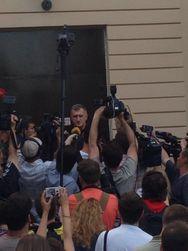 Под Киевом совершили автопробег к даче Ахметова