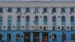 В Крыму – жесточайший дефицит кадров, но пришлых не хотят