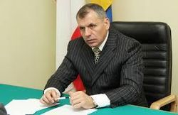 Константинов хочет, чтобы Крым сохранил статус парламентской республики в РФ