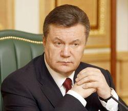 """Янукович подписал закон об амнистии и отмену """"законов 16 января"""""""