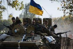 """12 """"за"""" и """"против"""" прекращения огня на Донбассе глазами политологов РФ и Украины"""