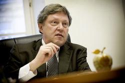 Никакого подъема экономики РФ в ближайшей перспективе не будет – Явлинский
