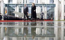 Берлин и Париж считают переговоры Греции с Россией «политическим театром»