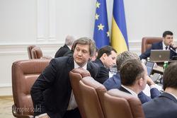Кабмин со скандалом таки решил приватизировать Одесский припортовый завод