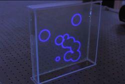 Разработан совершенно новый тип прозрачных дисплеев