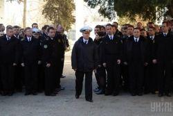 МО Украины требует от войск в Крыму защищаться